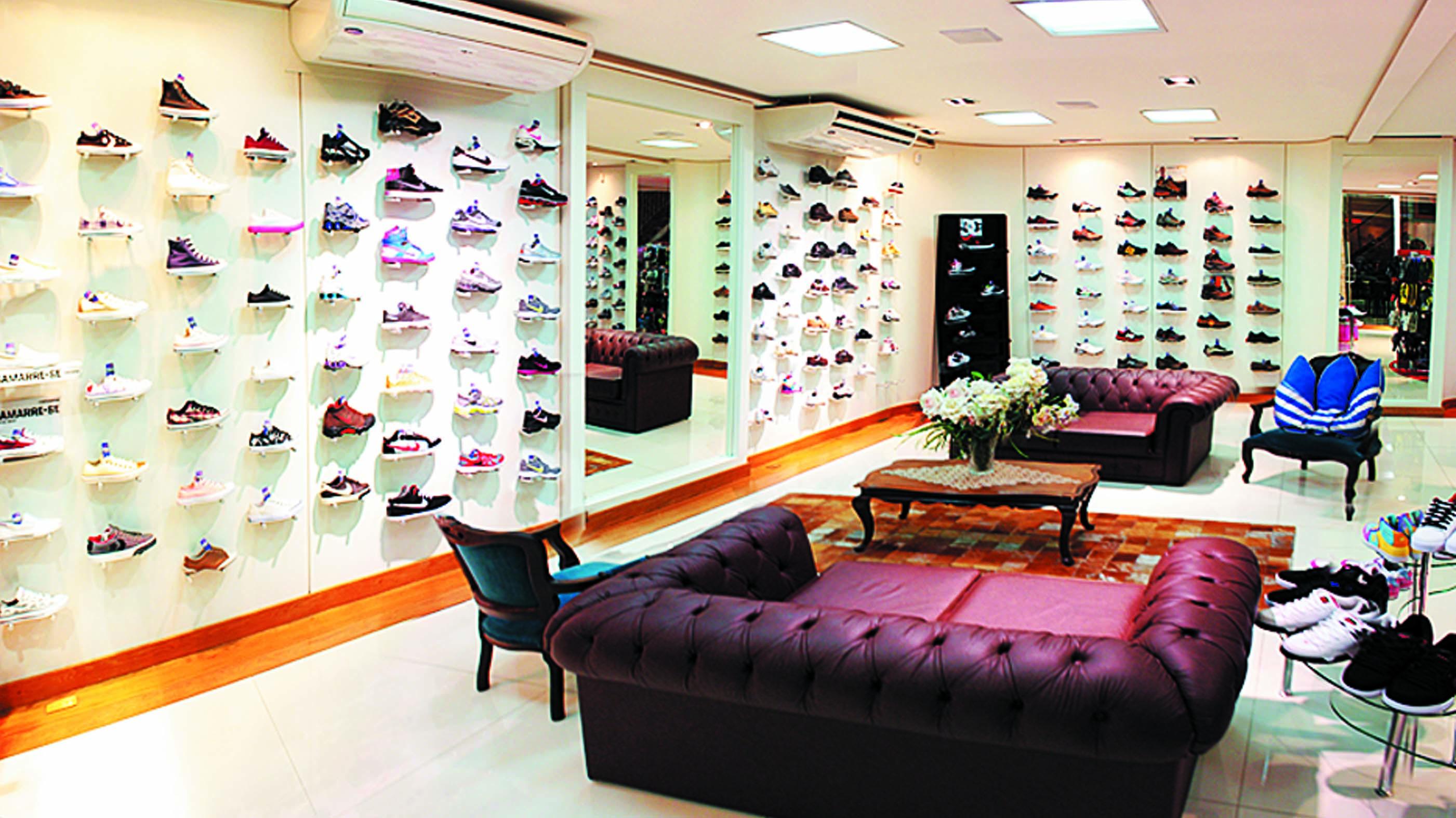 da3906020fb Tenis Shoes.jpg