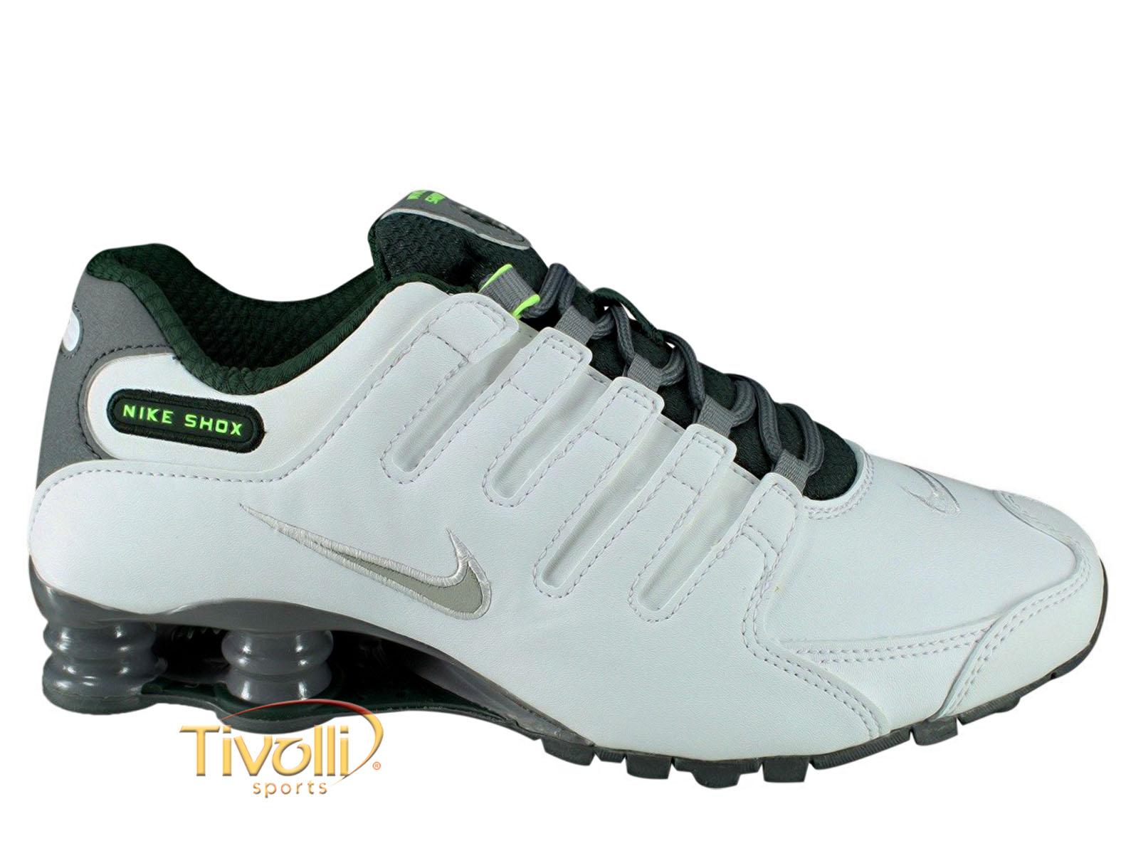 b5130059733 Tênis Nike Shox NZ SE   Branco e Cinza