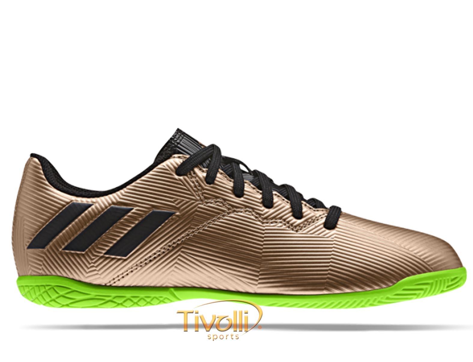 Chuteira Adidas Messi 16.4 IC Futsal Infantil   Dourada 23f3f96b2344d
