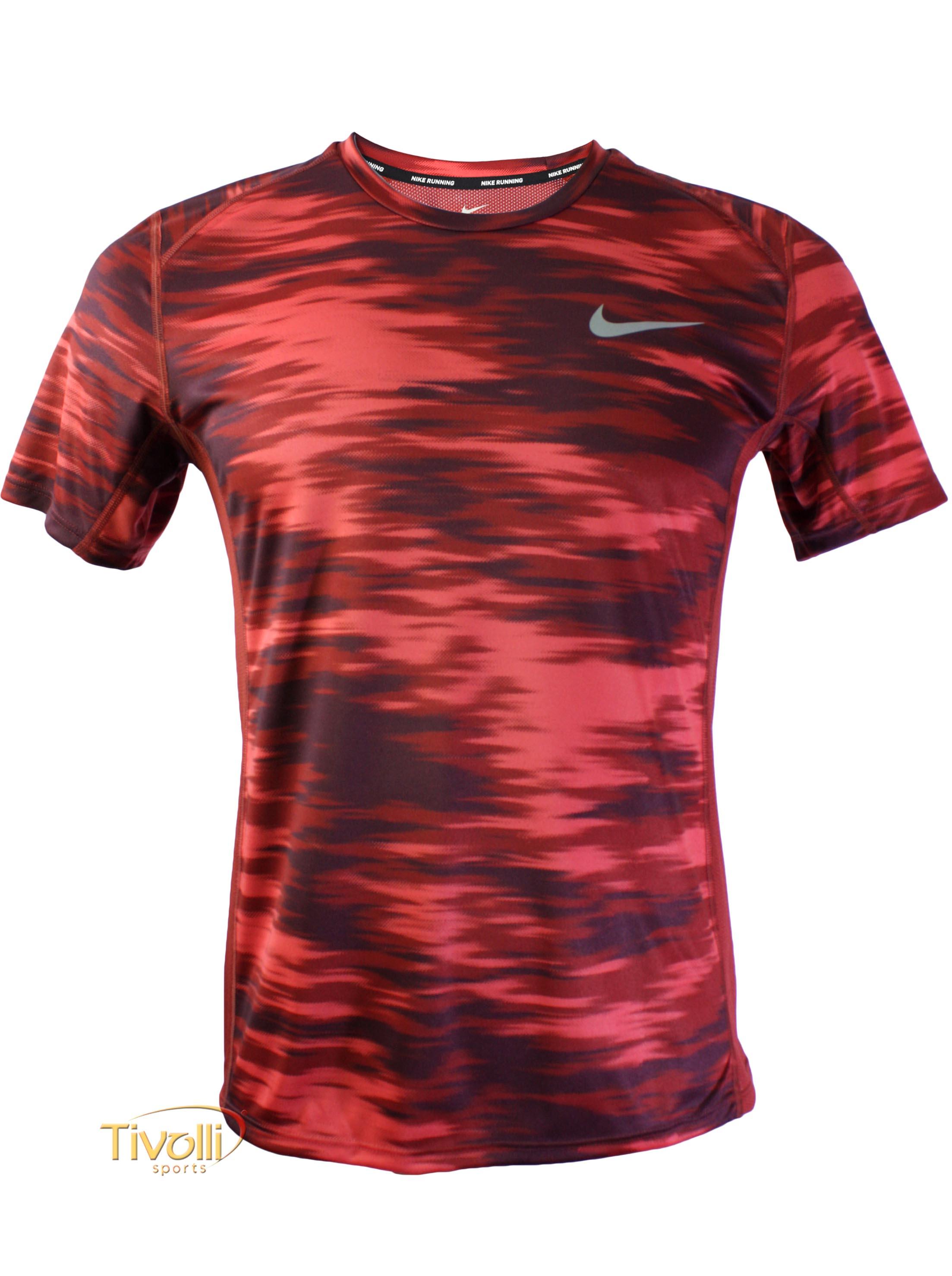 100% de alta calidad venta al por mayor excepcional gama de estilos y colores Camiseta Nike Dry Miler Top Print Vermelha