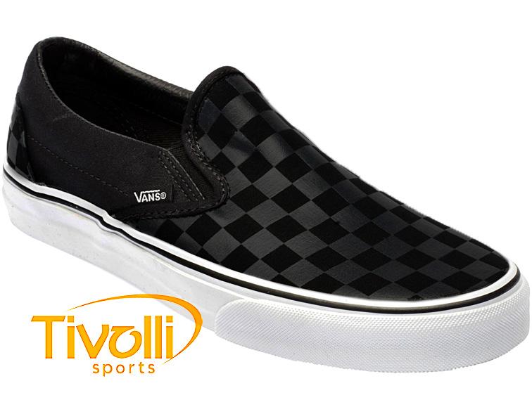6915c940811 Tênis Vans   Classic Slip-On (Checkerboard) Preto e Branco VN-0EYE276