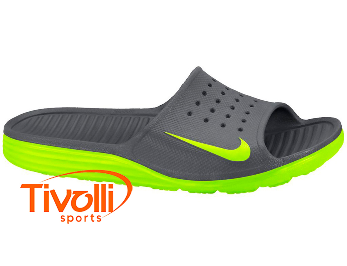96c7413d05 Chinelo Nike   Solarsoft Slide Cinza e Verde