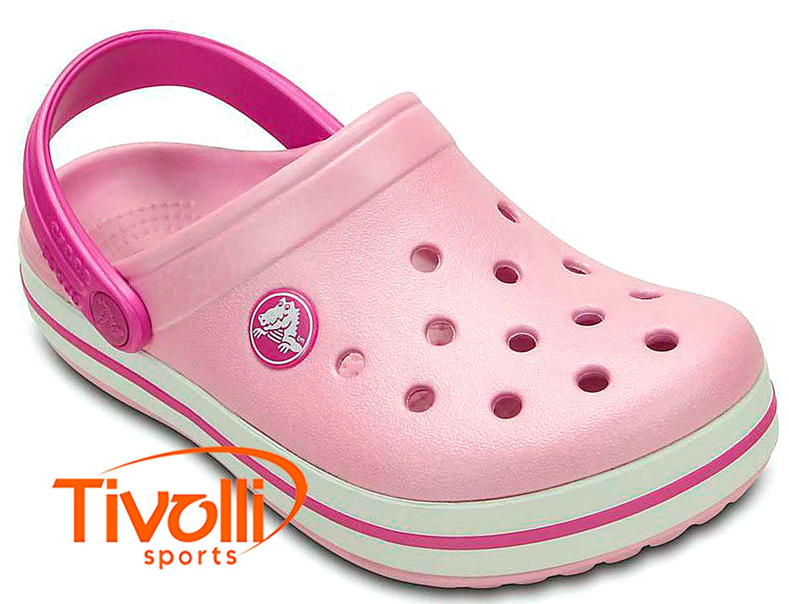 4db842b92eba1 Sandália Crocs Crocband infantil. rosa ballerina e lilás