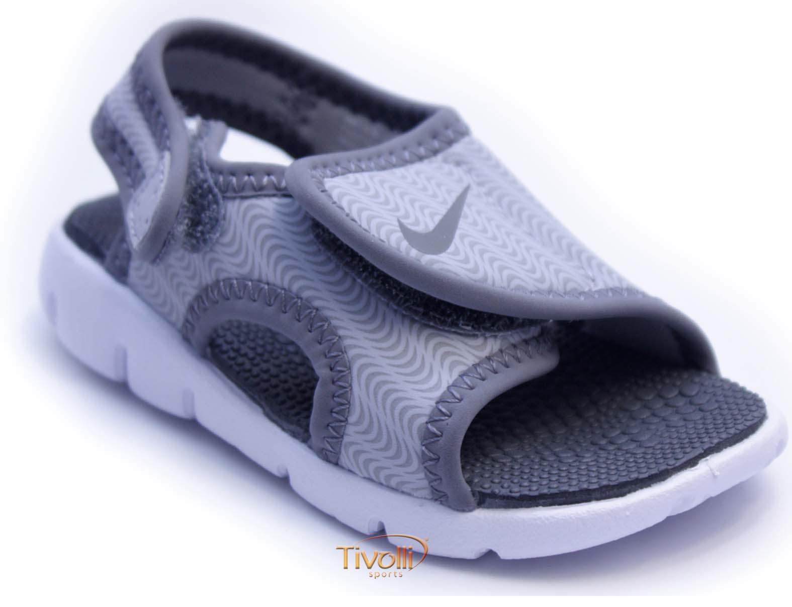 Sandália Papete Nike Sunray Adjust 4 Infantil (TDV)   Cinza e Branca   1eff3a964ff8a